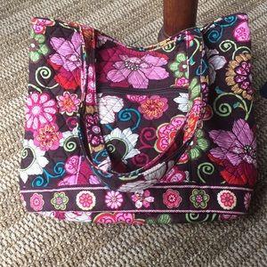 Vera Bradley pocketbook